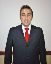 MIKE SANTAFE ZAMBRANO